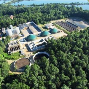 ČT24: Bioplynová stanice v Třeboni dodává elektřinu i teplo