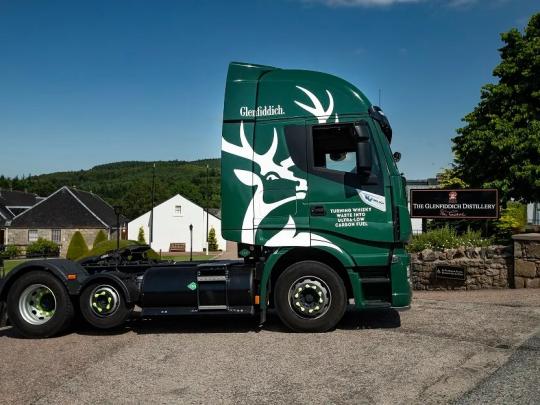 Glenfiddich_green_biogas_fleet_3